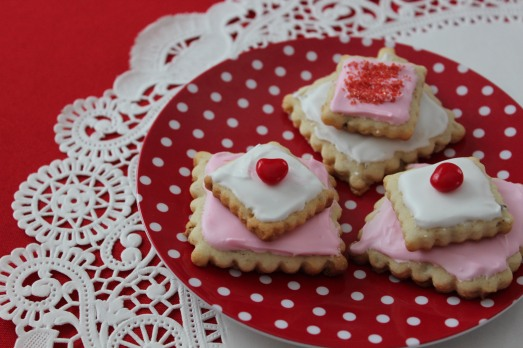 Pecan Sour Cream Sandies for Valentines Day