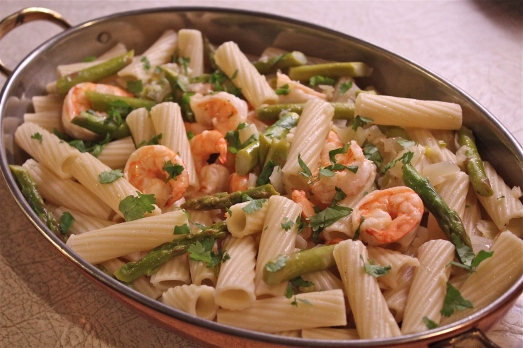 Penne with Asparagus and Shrimp