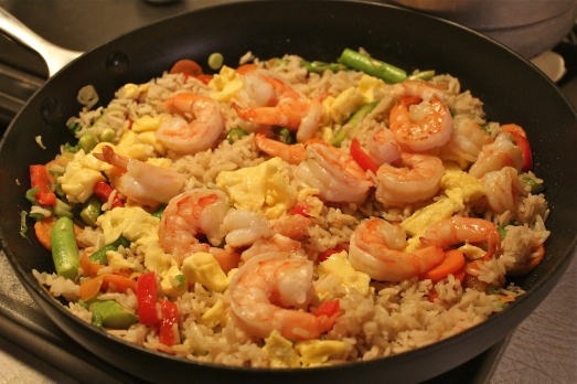 Shrimp, rice, egg, and lots of veggies.