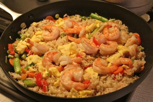 Shrimp, rice, egg, and lots of veggies.