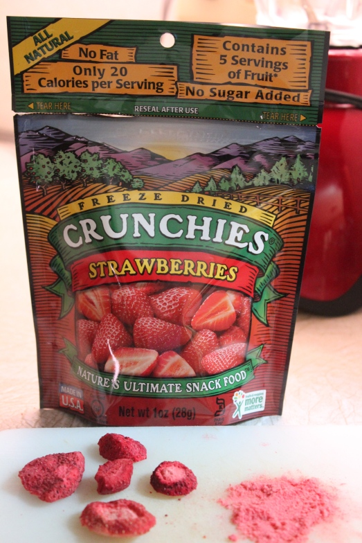 Freeze dried strawberries can be pulverized into powder.