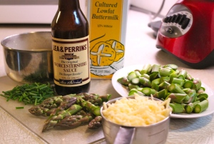 Asparagus, chives, cheese, buttermilk, eggs and Worcestershire sauce make the filling.