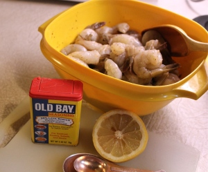 Season the shrimp with Old Bay, lemon juice and hot sauce. (pretend you see it.)