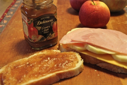 Cheese, apples, ham and apple butter.  Superb!
