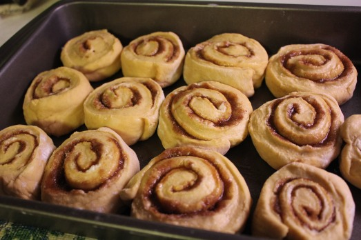 Lay in baking pan, cut side up.