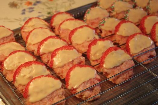 White Chocolate Cherry Shortbread Cookies