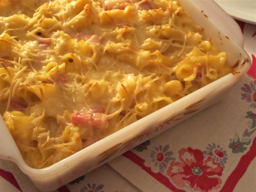 Ham and Cheese Baked Pasta