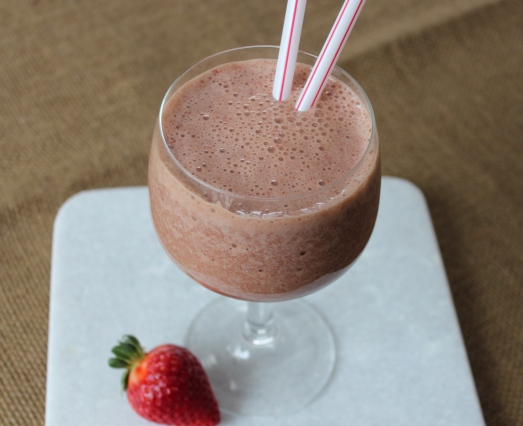 Skinny Chocolate Covered Strawberry Frappé