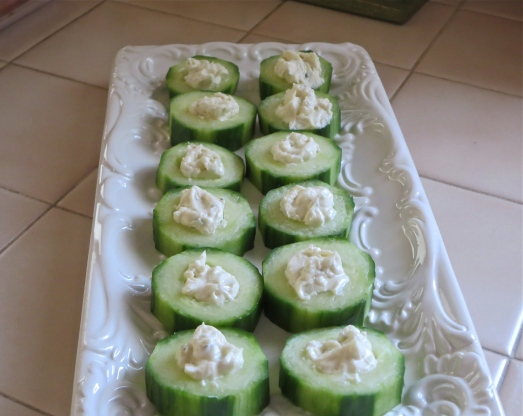 Garlic Herb Cucumber Bites