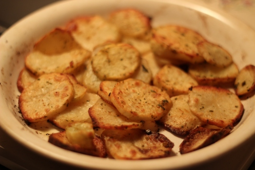 Garlicy Baked Potato Slices