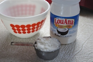 Coconut oil, melted, is the shortening in this recipe.